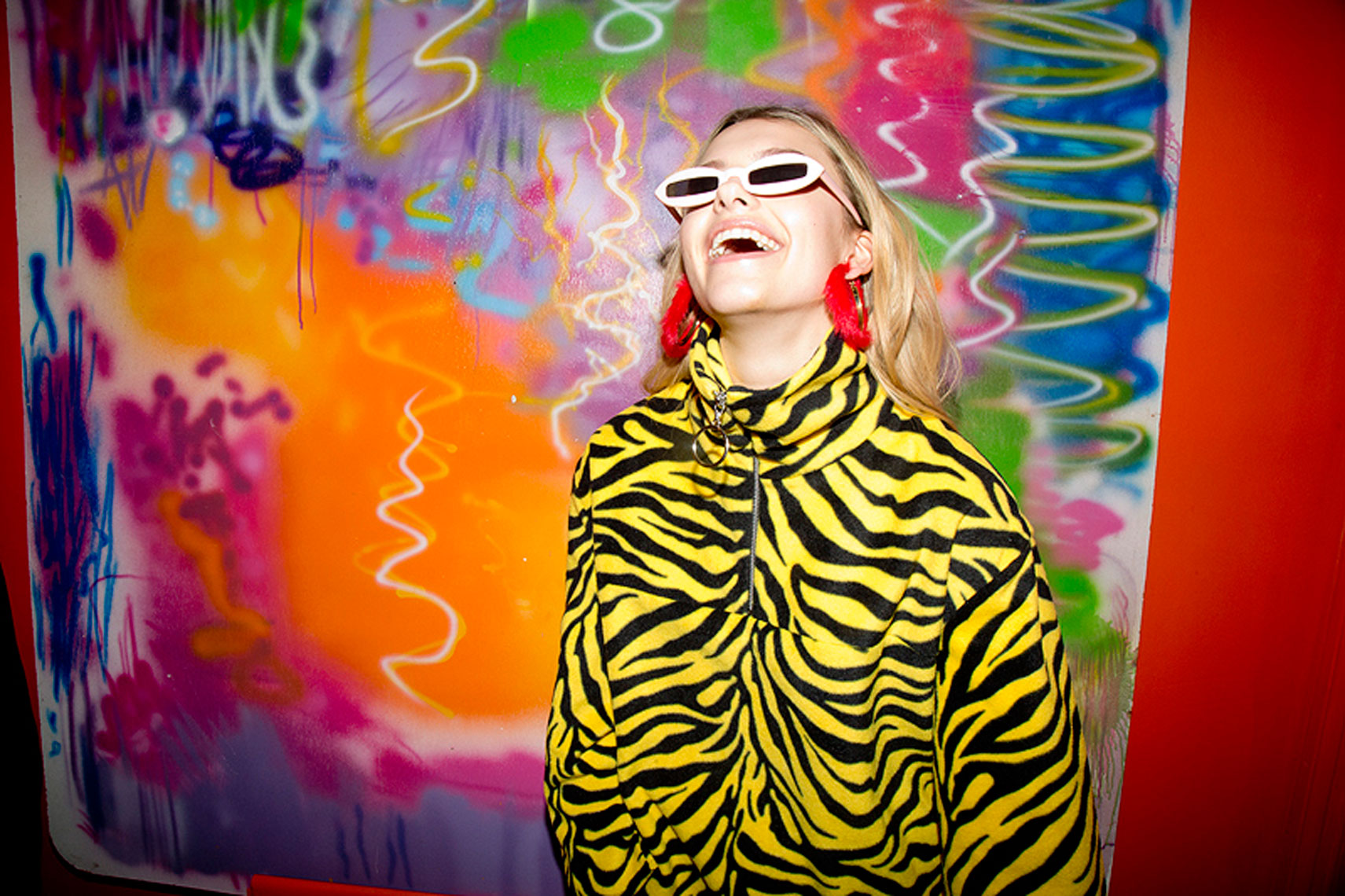 issie-gibbons-fashion-stylist-margate-zebra-colour-fluff-art
